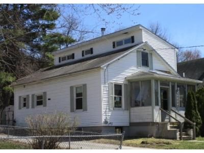 3 Bed 2 Bath Foreclosure Property in Manchester, NH 03103 - Dunbar St