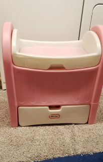 Little Tikes Baby Doll Changing Table/Bassinet