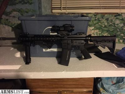 For Sale: Windham AR 15 (mint)