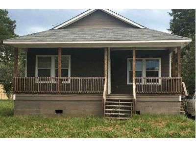 4 Bed 2 Bath Foreclosure Property in Baker, LA 70714 - Pearce St