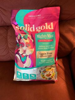 New sealed solid gold mighty mini weight control dry dog food 11 lb bag