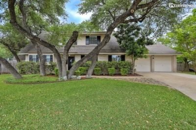 $3600 4 single-family home in North San Antonio