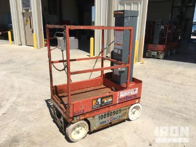 2012 SkyJack SJ12 Electric Scissor Lift