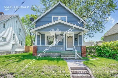 Single-family home Rental - 946 Oakdale St SE