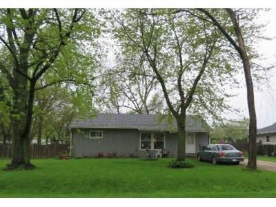 3 Bed 1 Bath Foreclosure Property in Ingleside, IL 60041 - N Catherine St