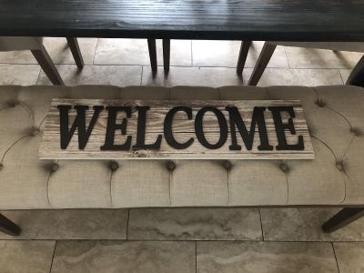 Welcome sign (PPU)