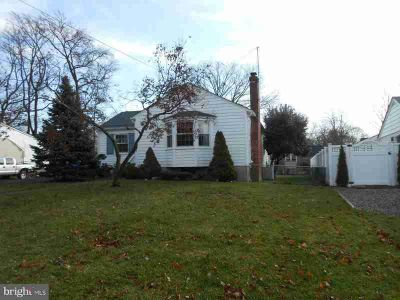 19 Whitman Ave Cherry Hill, Erlton! Three BR One BA ranch