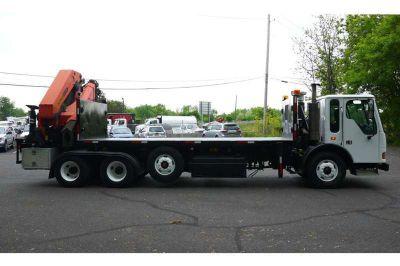 9081 - 2007 American Lafrance Condor Cabover; 2006 Palfinger Pk75002 Knuckleboom