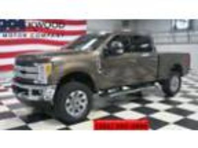 2017 Ford F-250 Lariat 4x4 6.2L Gas Leather Nav New Tires 1 Owner 2017 Ford