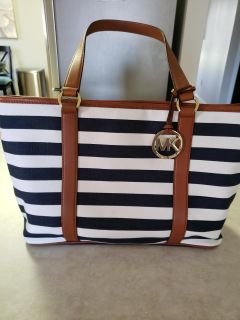 Purse - Michael Kors - navy and white striped