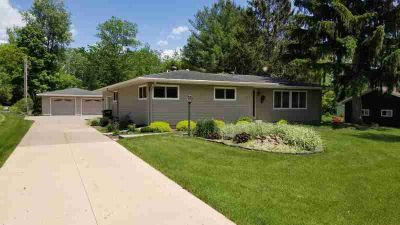 N1132 Mormon Dr Shelby, What an opportunity to purchase such