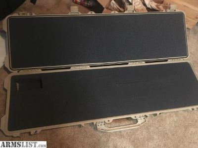 For Sale: Pelican rifle case