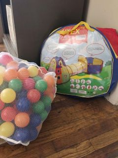 Utex Kids Toy Tent with Balls