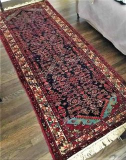 """Hand-knotted, Persian wool rug - 39.5"""" x 96.5"""""""
