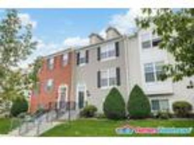 Stunning 4bd/Four BA Two-Story Townhome