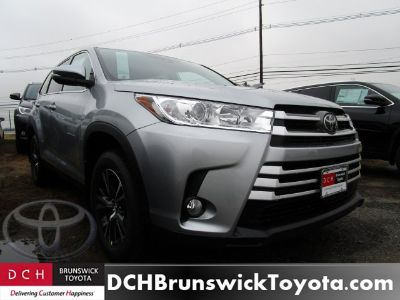 2019 Toyota Highlander (Celestial Silver Metallic)