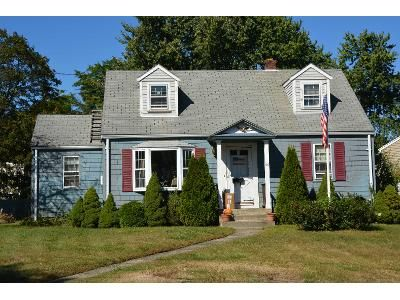 3 Bed 1 Bath Preforeclosure Property in Northborough, MA 01532 - Meadow Rd