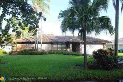 1226 NW 111th Ave CORAL SPRINGS Three BR, Great home in original