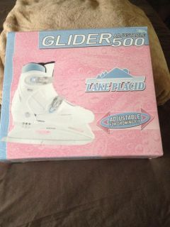 Ice skater shoes