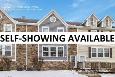 NEWLY UPDATED!! 2 Bedroom, 2 Bath Townhome in Urbandale