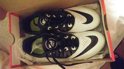 new pair of Nike women's clets