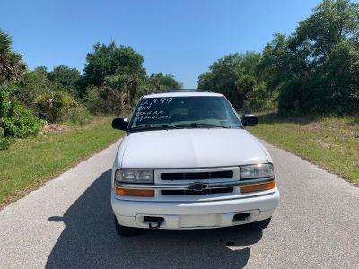 2002 Chevrolet Blazer LS ()