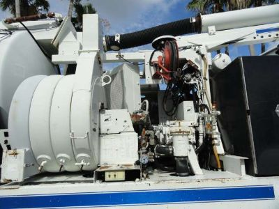 2007 Sterling LT7500 VacCon VACUUM/JETTER COMBO