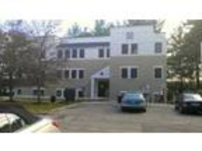 Office for Sale: Greenleaf Woods Condominium