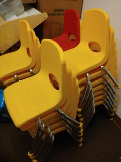 30 VPK size chairs