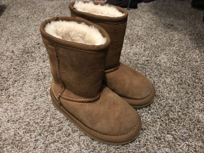 Unisex toddler 10 boots