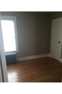 Lovely Schenectady, 3 bed, 1 bath. Washer/Dryer Hookups!