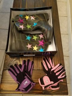 boots & riding gloves $15/pair