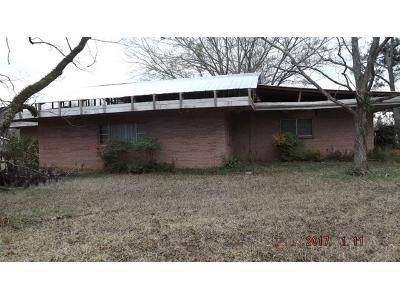 2 Bed 1 Bath Foreclosure Property in Jackson, MS 39212 - S Siwell Rd