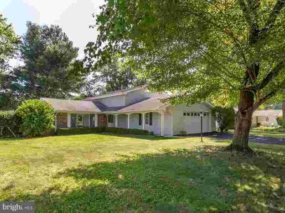 2507 Lisa Dr WALDORF Four BR, Lots of recent updates and