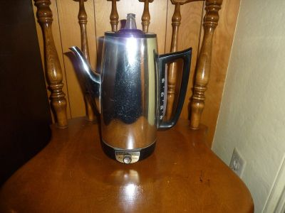 VINTAGE GE PERCOLATOR COFFEE MAKER; EXCELLENT COND.