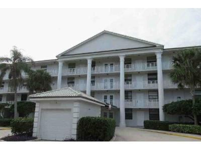 2 Bed 2 Bath Foreclosure Property in West Palm Beach, FL 33401 - Whitehall Dr Apt 204