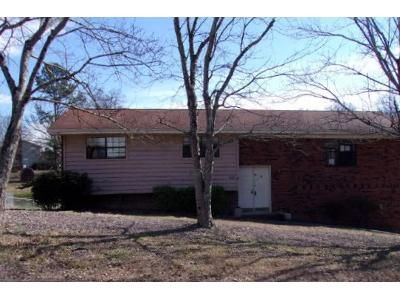 3 Bed 2 Bath Foreclosure Property in Ringgold, GA 30736 - Larry Dr