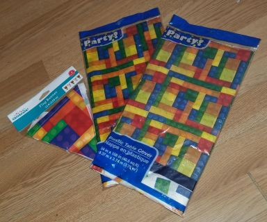 Lego Party 2 table covers & banner $1.50