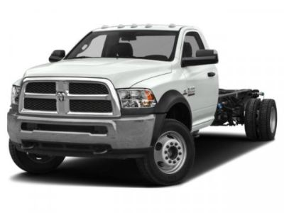 2018 RAM 5500 Chassis Cab Tradesman (Bright White Clearcoat)