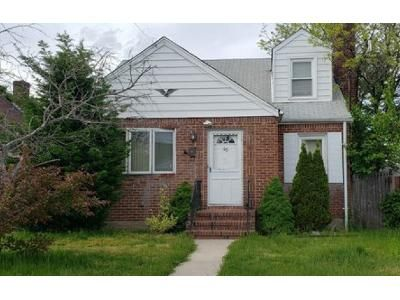 4 Bed 2 Bath Foreclosure Property in Valley Stream, NY 11580 - Stephen Pl