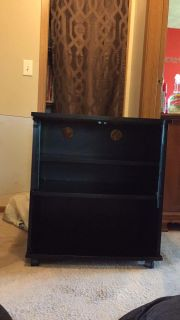 Tv/microwave stand good condition