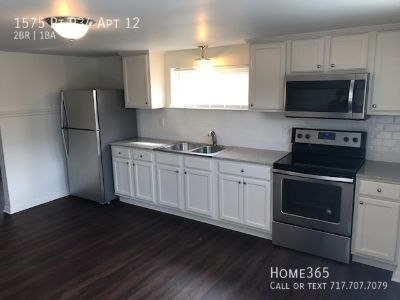 Recently Renovated 2 Bedroom, 1 bathroom Unit