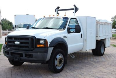 2007 F550 Dump Truck *V-10*