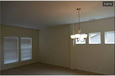 4 bedrooms Apartment - for a Showing Today Elite Realty 1- ext. 2. Pet OK!