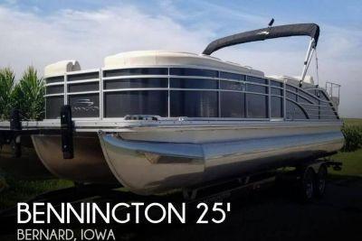 2012 Bennington 2575 RCW I/O