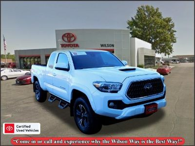 2018 Toyota Tacoma TRD Sport (white)