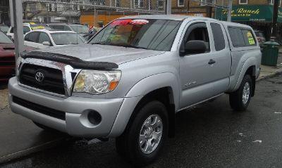 2005 Toyota Tacoma Base (Silver Streak Mica)