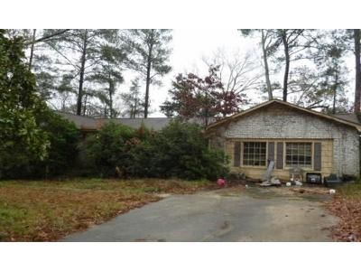 3 Bed 2.5 Bath Foreclosure Property in Columbia, SC 29212 - Myton Rd