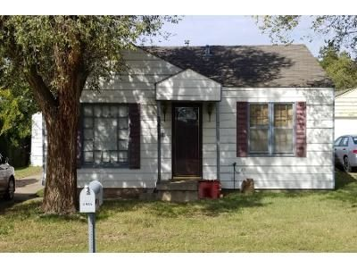 2 Bed 1.0 Bath Preforeclosure Property in Amarillo, TX 79104 - SE 15th Ave