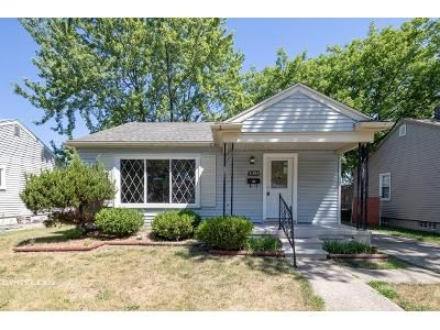 3 Bed 2 Bath Foreclosure Property in Garden City, MI 48135 - Florence St
